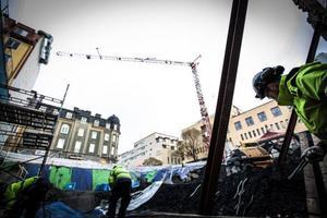 Markus Wiklund, betongarbetare är en av de som jobbar med grunden till det som ska bli nya Centralpalatset.