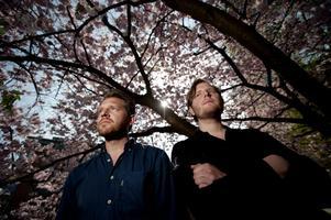 Bröderna Henrik och Philip Ekström från Mary Onettes. De hittade hem till svenskan och helt plötsligt var Det vackra livet fött.Foto: Adam Ihse/Exponera