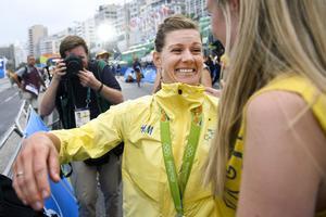 Emma Johanssons glädje efter OS-silvret.