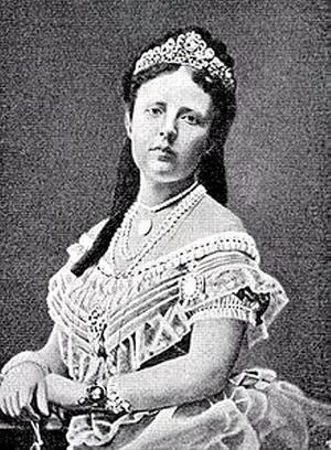 Mor till Sophiahemmet. Drottning Sofia gjorde sig känd i Sverige för sitt välgörenhetsarbete, bland annat grundlade hon Sophiahemmet som ännu utbildar sjukssköterskor.