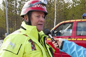 Peter Nystedt fick ta mycket av mediekontakterna under söndagens räddningsarbete.