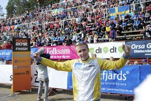Eter en stund kunde 23-åringen från Rehns BK ändå känna glädje över ett brons, även om det var en