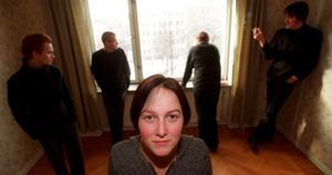 Det är över tio år sedan Garmarnas skiva Vedergällningen kom ut. I sommar återuppstår gruppen med Emma Härdelin som sångerska. De uppträder bland annat på Musik vid Dellen.