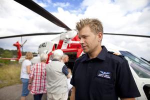 Markus Friberg från Sandviken räddar folk som hamnat i sjönöd.