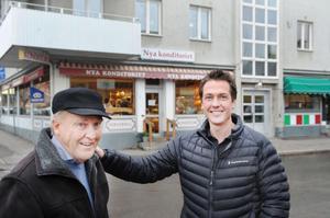 Förre ägaren Jan Berg och den nuvarande, Joakim Olsson, kan glädjas tillsammans.