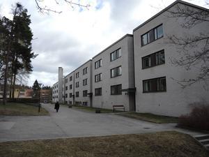 Flerbostadshus från 1960-tal, Jack Hansson, på Lustigknopp i Falun.