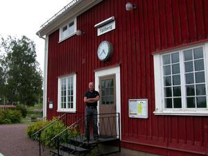 I morgon söndag firas Tällbergs station som fyller 100 år i år. Göran Green, ordförande i den ideella föreningen Stationsparken Tällberg finns naturligtvis på plats.