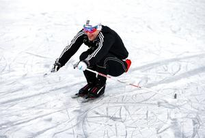 1999 spelade han Elitserien för AIK, i lördags passade Thomas Tönnerfors från Tallhöjden, på att åka långfärdsskridskor på Måsnaren.