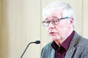 Revisor Leif Jonsson (L).