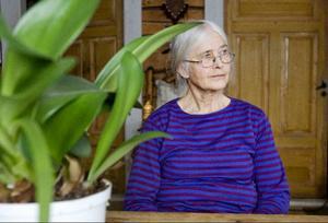 Hustrun Birgitta var med i Paris under utställningen.