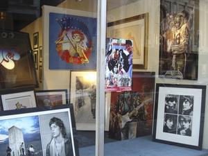 Galleriet San Francisco art exchange är ett måste för den som vill frossa i gamla skivomslag, konsertbilder och annan popkulturhistoria.