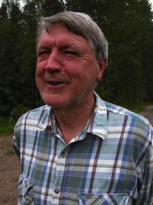 Fantast och före detta forskare. Bengt Ehnström vet det mesta om mygg och varför det varit så dåligt av dem just i år. Foto:Lovisa Svenn