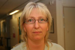 Inga läkare på plats i Bergsjö innebär att sjuksköterskorna på Bållebo får ta svåra och snabba beslut på egen hand. Otryggt anser Berit Broberg