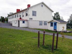 Bylaget i Alsen vill behålla Hovs skola.