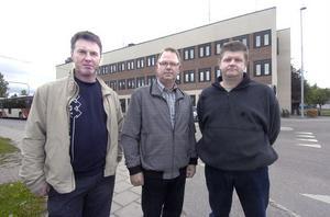 Tre partier i den borgerliga alliansen i Ovanåker kräver nu kommunalrådet Björn Mårtenssons avgång. Om inte upplöser vi allianssamarbetet, säger Mikael Jonsson (M), Bertil Eriksson (KD) och Kent Olsson (FP).