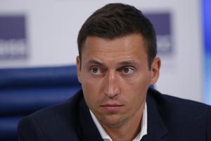 Alexander Legkov stängs av från att tävla i OS på livstid.
