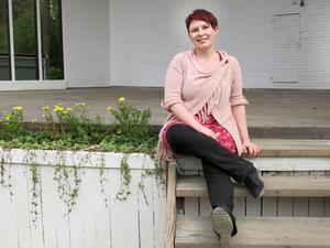 """""""Man måste skapa sig ett liv och stå ut med sig själv, det är det som är meningen!"""" Sara Kreft är tillbaka efter sin stroke."""