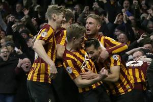 Glädjen gick inte att ta miste på hos Bradfordspelarna och deras fans då de lyckades vinna över Chelsea.