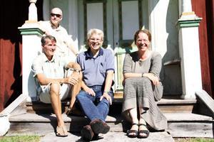 Lennart Ingesson, Curt Farén, Björn Mårtensson och Elisabeth Eriksson ingår i Persmässokommitén.