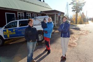 Katrina Freyer, Angela Schön Thoresson med sonen Trond ett år och Ellen Omblets representerar den nya generationen finnmarksbor, unga familjer som valt att flytta till Nornäs, mycket för naturen som finns inpå knutarna.