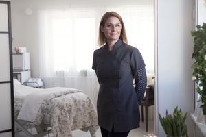 """""""Det viktiga för en frisk hud är vad du gör hemma, varje dag"""", säger hudterapeuten Kajsa Bälter."""