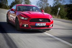 Få bilar väcker sådana känslor som en Ford Mustang. Modell -16 motsvarar all högt ställda förväntningar.