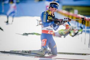 Fredrik Lindström ska komma snabbare till första skottet i vinter. Just nu befinner sig Lindström och övriga i landslaget i finska Muonio.