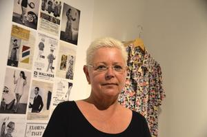 Susanne Klingefors är textilantikvarie och vill lyfta fram de kända formgivarna som Wallners samarbetade med.