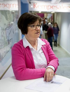 Elisabet Strömqvist (S) kritiserar regeringens kömiljard.