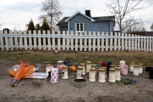 I det här huset i Härnösand inträffade det brutala trippelmordet.