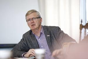 Mats Dahlström (C) sitter i rådet som ska utöva allmänhetens insyn i polisregion Bergslagen. Han känner lugn över att polisen har kontroll över läget inför 1 maj, betonar Dahlström.