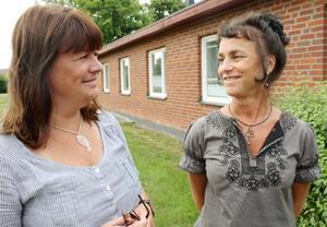 Förväntansfulla. Verksamhetschef Agneta von Schoting och enhetschef Mari Gammelgård tror att Sala kommun skall kunna ge flykting-barnen ett bra hem och en bra tillvaro.FOTO: TERESE AHLIN