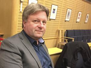 Ronny Edlund (SD) har lugnt suttit på sin plats i kommunfullmäktige – fram till på måndagen då han för första gången klev upp i talarstolen.