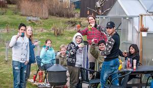 Ungdomarna på bäversafarin var: Bashir Al Hassan, Ahmad Malak, Emil Östlund, Mohammed Saado, Kevin Wahlstedt, Linn Wahlstedt, Niga Rahman och Ronja Dyberg. Och ledare var Tina Högberg Fjärem.