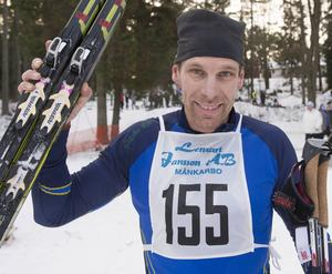 Trots krampkänning under första varvet var Ulf Jansson två och en halv minut före tvåan.