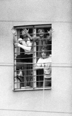 Bombhot på Västerås fängelse. 8 juli 1975.