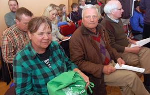 Närmare 30-talet personer satt och lyssnade på debatten på åhörarplatserna, bland annat den tidigare ordföranden Lars Weslien.
