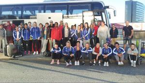 Här ser vi delar av Jämtland Baskets trupp vid avresan till Arlanda och sedemera Slovenien. Det är för övrigt första gången som Jämtland Basket gör en sån stor utlandssatsning på damlaget samt delar av de äldsta flicklagen.Arkivbild: