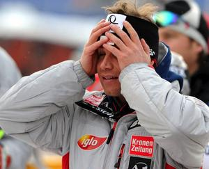 Här avgörs världscupen. Benjamin Raich grenslar i slalomen, och blir tvåa i totalcupen, två ynka poäng efter Aksel Lund Svindal. Efteråt kan han knappt tro att det är sant.
