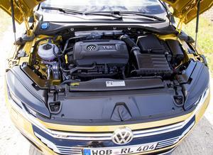 Bensonmotorn på 280 hk är snudd på identisk med motorn i Golfi GTI. I motorprogrammet finns även två dieslar på 190 och 240 hk.