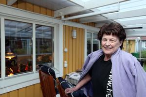 BLEV CHOCKAD AV BESLUTET.  Margareta Tolltorp Henriksson är mycket kritisk till att ingen har hört av sig och berättat att i stort sett hela personalgruppen bytts ut med omedelbar verkan.