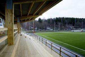 Samma bolag som i dag sköter Glysishallen kan få ansvar att driva badhus. När NCC säljer blir Hudiksvalls kommun ensam ägare till Glysisvallen AB.