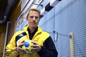Ny handbollsboss. Andreas Svahn laddar för handboll igen, men den här gången är det som ordförande i HK Järnvägen.