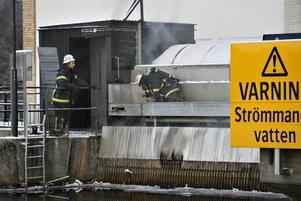 Räddningstjänsten hade svårt att komma åt brandhärden.