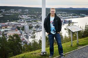 Per-Åge Skröder har många rekord i SHL. Nu är han nära mål- och matchrekordet bland alla spelare.