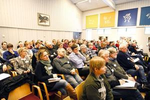 Rovdjurscentrets stora sal fylldes av 107 personer vid seminariet om rovdjur och tamdjur.