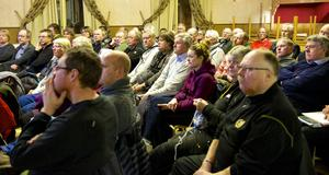 Trots att det var kallt i torsdags åkte många långt för att få lyssna på möjligheter och begränsningar kring allemansrätten i GT-gården i Hedeviken.