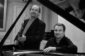Två vid en flygel. Saxofonisten Lennart Åbergoch pianisten Bobo Stenson.