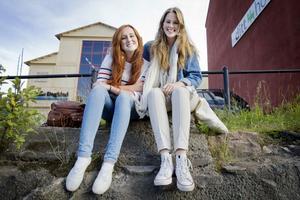 Resan blev ett äventyr. Men inte alltid som de hade trott. Elin Stjerngren och Tuva Stener är tillbaka efter ett år i USA.