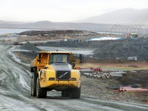 Positivt besked från Strömsunds kommun om gruvöppning. Bilden från arbete med förstärkning av gamla gruvdammen 2015.